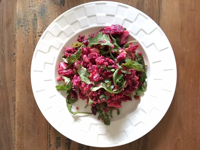 salade met rode bietjes en geitenkaas